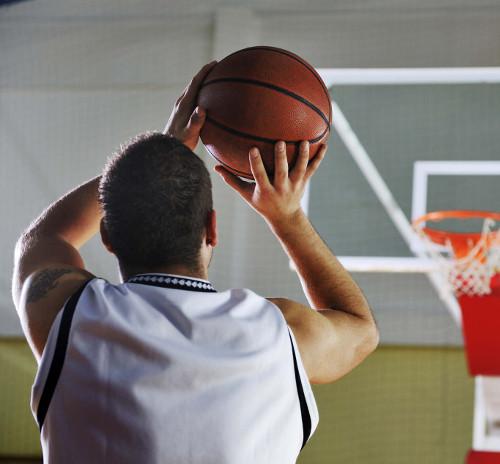 Pallacanestro: sport semplice per persone intelligenti (di Carlo Fabbricatore)